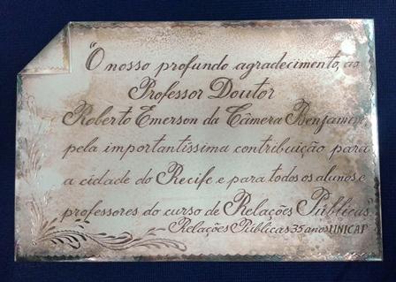 Placa Roberto Benjamin - 1