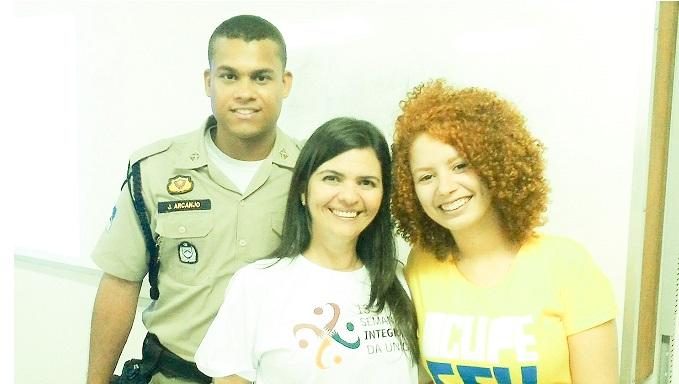 13a SIUCS_Aluno João Arcanjo e Manuela Lacerda 21oct2015